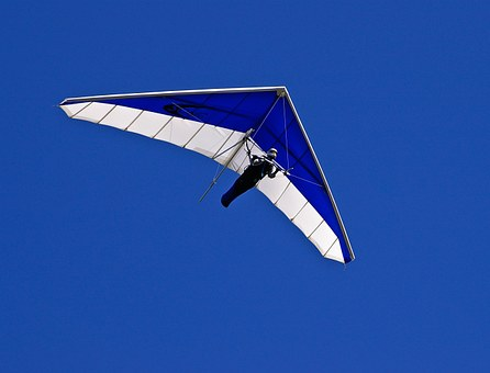 Extreme sports - hang gliding