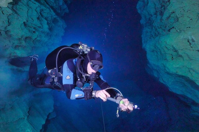 extreme sports - cave diving